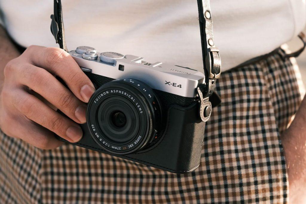 tips membeli kamera bekas,beli kamera bekas terpercaya,kamera mirrorless terbaik 2020 dibawah 10 juta,yang harus dicek saat beli kamera bekas,cara mengecek kamera nikon bekas,beli kamera bekas atau baru,beli kamera dslr second,cara cek shutter count sony mirrorless,Tips Membeli Kamera Mirrorless Bekas